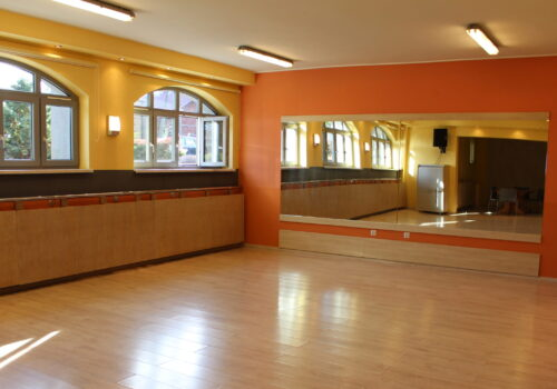sala do ćwiczeń tańca nowoczesnego
